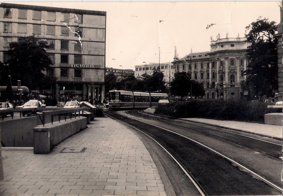 Lenbachplatz alt