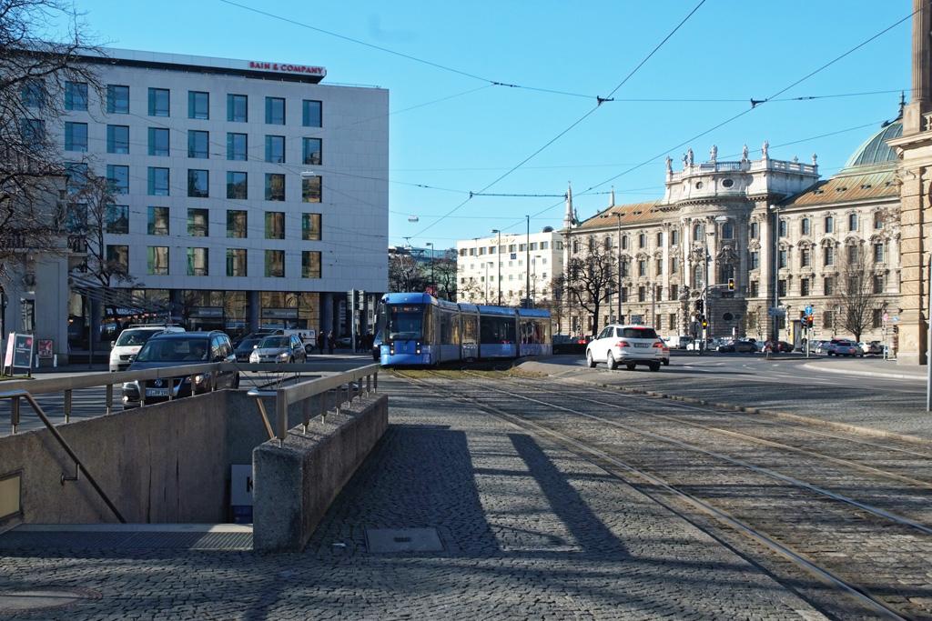 Lenbachplatz-neu